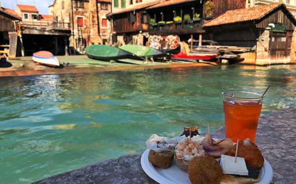 Let's discover the Jewish Ghetto while taking part in a Venice food tour